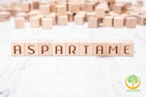 aspartame artificial sweetener in chewing gum